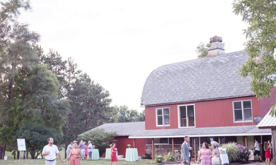 cropped-barn-1.jpg
